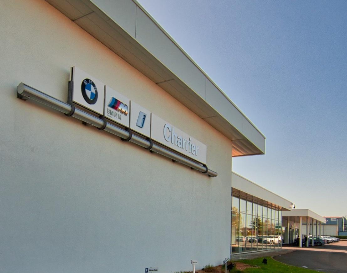 Nettoyage à la concession BMW CHARRIER à Cholet